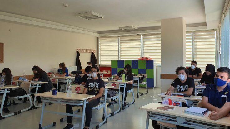 OKULUMUZDA COVİD-19′ A KARŞI ALINAN ÖNLEMLER